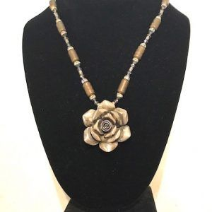 Hill Tribe Silver Rose Necklace1-min